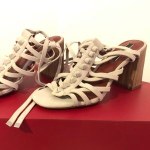 Kensie Sadira Suede Open Toe Strappy Sandals 9M